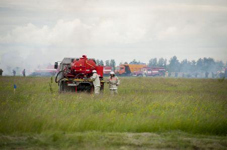 Учения МЧС на Горельском аэродроме