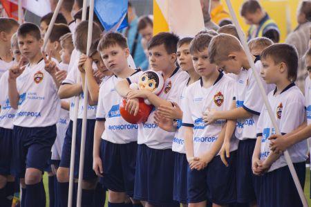 Тысяча футболистов
