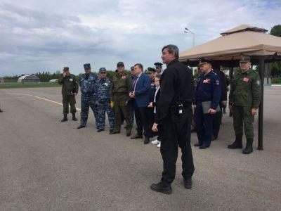 """В аэропорту """"Тамбов"""" террористы захватили самолет АН-24"""