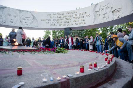В 4 утра в Тамбове зажгли ровно 1418 свечей