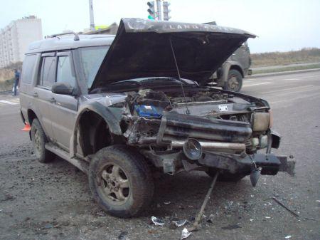 В Тамбове столкнулись Калина и Land Rover, есть пострадавшие
