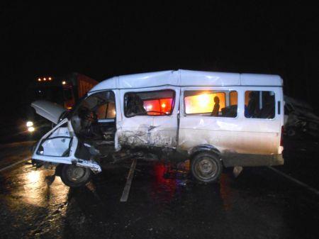 Под Тамбовом столкнулись два автобуса, ранены 8 человек