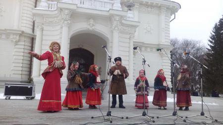 """Тамбовчане отметили Масленицу в """"Усадьбе Асеевых"""""""