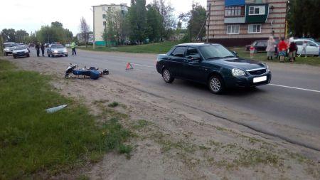 """В Тамбовской области 45-летний байкер не увидел и врезался в """"Приору"""""""