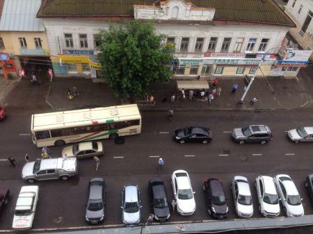 На одной из самых загруженных улиц Тамбова образовался затор из-за ДТП