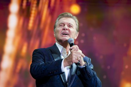 Лев Лещенко спел для 13 тысяч тамбовчан
