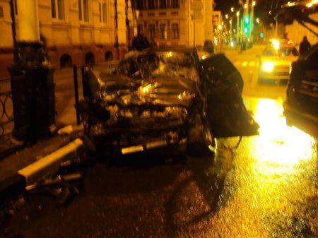 В ночном ДТП в центре Тамбова погиб парень