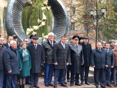 Губернатор Александр Никитин поздравил полицейских региона