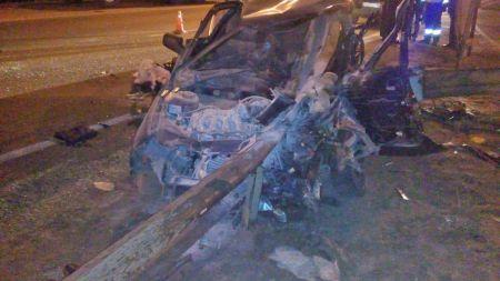 Двое ранены, один погиб: в Тамбовской области ВАЗ вылетел в отбойник