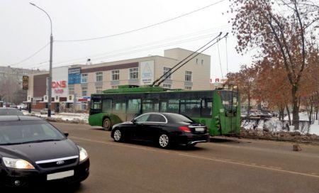 В Тамбове в троллейбусе пострадал трехлетний мальчик