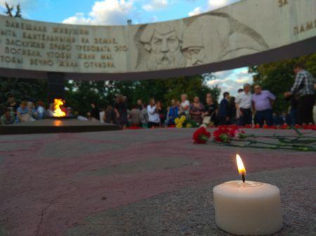 """4 тысячи тамбовчан вышли на """"Свечу памяти"""""""