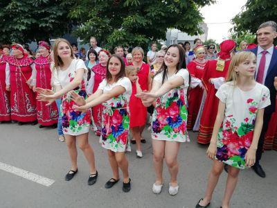 """В Тамбовской области отмечают гастрономический праздник """"Вишневарово"""""""