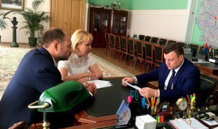 """Губернатор встретился с руководителем завода """"Электроприбор"""""""