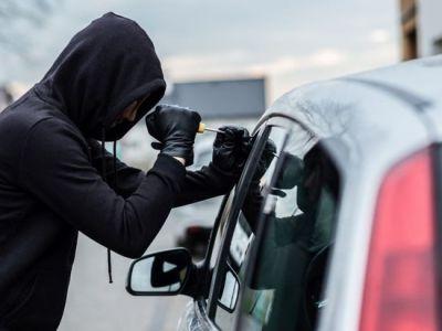 Житель Пичаево угнал автомобиль, но не справился с управлением
