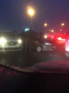 В Тамбове утром столкнулись два таксиста