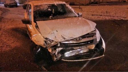 В Тамбове столкнулись две легковушки: пострадали два человека