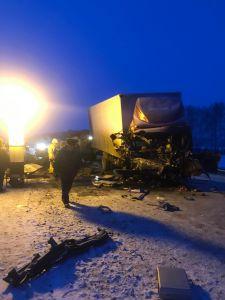 Под Тамбовом столкнулись грузовик и «ГАЗель»: 5 человек погибли