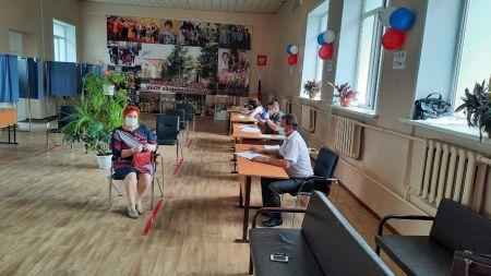Почти 600 тысяч тамбовчан проголосовали на избирательных участках