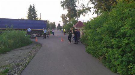В Мичуринске при столкновении  мопеда с грузовиком погибли два подростка