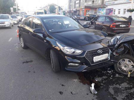 В Тамбове в результате ДТП столкнулись четыре машины