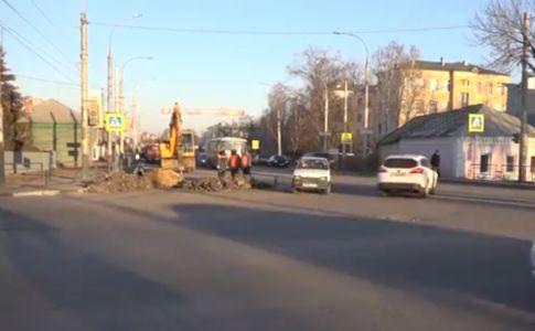 Максим Косенков требует ускорить ремонт коллектора на Гастелло в Тамбове